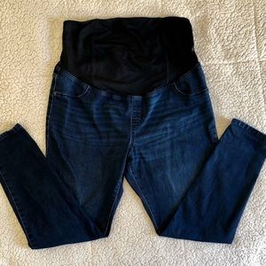 Maternity blue jeans